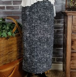 NWT Who What Wear Skirt
